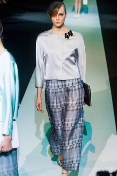 Giorgio Armani Spring 2013 RTW - Review - Fashion Week - Runway, Fashion Shows and Collections - Vogue