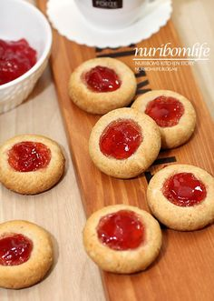 Korean Food, Sandwiches, Cheesecake, Deserts, Food And Drink, Cookies, Recipes, Pies, Kuchen