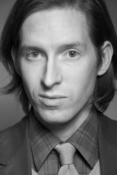Watch a three minute interview with Wes Anderson about Rushmore. Best Director, Film Director, Wes Anderson Style, The Royal Tenenbaums, Star Wars, Film Inspiration, International Film Festival, Pretty People, Role Models