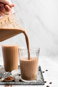 Learn how to make a coffee smoothie with brewed coffee! This easy coffee smoothie recipe has a hint of chocolate and a boost of protein. Coffee Smoothie Recipes, Breakfast Smoothies, Coffee Recipes, Breakfast Healthy, Breakfast Bites, Vegan Smoothies, Breakfast Recipes, Good Morning Coffee, Easy Coffee