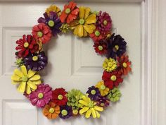fall wreath crafts made from pine cones, spray paint