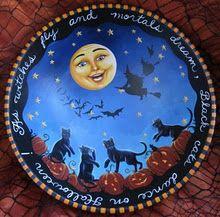 Carolee Clark black cat treat bowl - King of Mice Studios. Halloween Signs, Halloween Cat, Holidays Halloween, Vintage Halloween, Happy Halloween, Halloween Decorations, Halloween Trees, Halloween Stuff, Dancing Cat