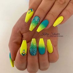 Neon Yellow Nails, Yellow Nails Design, Neon Nails, Dope Nails, Glue On Nails, Swag Nails, Pastel Yellow, Neon Nail Art, Blue Yellow