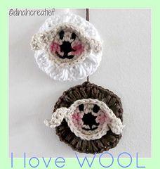 Ravelry: Littl Easter Scheep pattern by Dinah dineke Easter Crochet, Crochet Animals, Free Crochet, Sheep, Free Pattern, Crochet Necklace, Crochet Patterns, Wool, Ravelry