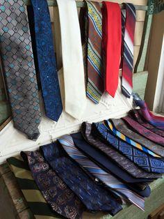 Vintage lot 19 Mens Ties 1970's/80's Wide ties Clip on Neck Ties Retro by Holliezhobbiez on Etsy