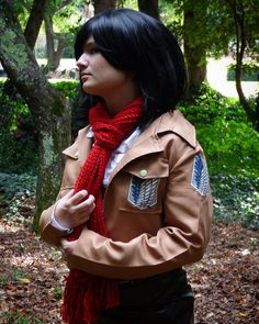 And the cosplay pictures begin xD this is from a few months ago when I got together with @greetdraws @__ivy__leaf__ and @drawing_skies to take pictures (they're all amazing if you aren't already following them you should definitely check them out!!) #cosplay #attackontitan #aot #snk #shingekinokyojin #attackontitancosplay #aotcosplay #snkcosplay #shingekinokyojincosplay #mikasa #mikasackerman #mikasacosplay #mikasaackermancosplay #anime #manga #animecosplay #mangacosplay