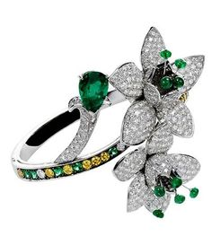 Boucheron Fleurs Fatales - «Cuca India», bangle