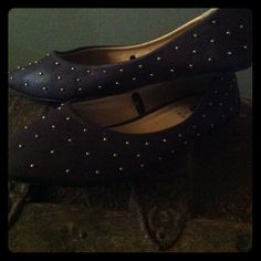 Studded flats Never worn!no imperfections. no low offers accepted Rue 21 Shoes Flats & Loafers