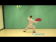 Tai Chi Fan routine demonstrated by Master Yip See Kit from NewAgeTaichi. The smooth and gentle movements in this Tai Chi Fan routine allows anyone to practi. Fan Yang, Yang Style Tai Chi, Stay Young, Old Pictures, Chen, Health And Wellness, Chinese, Workout, Fitness