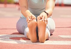 Fodtræning er særligt godt, Yoga Routine, Squat, Lunges, Health Fitness, Dance Shoes, Exercise, Workout, Flexibility, Shape