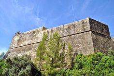 REVISITANDO A HISTÓRIA: Castelos e Fortalezas I -  São Filipe ( 01 )