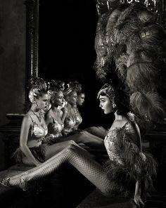 Burlesque Dancers. <3 1940's