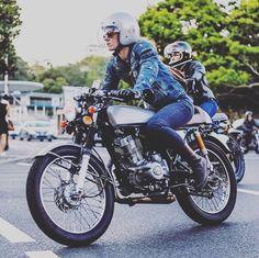 Real Biker Women black_arrow_label