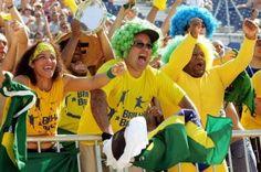Brazil Soccer Fans Booing Their Home Team Go Brazil, Brazil World Cup, World Cup 2014, Fifa World Cup, Soccer World, Soccer Fans, Football Fans, Football Cheerleaders, Cheerleading