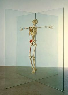 Damien Hirst Resurrection 1998 - 2003 Glass, steel, aluminium and painted human skeleton Contemporary Sculpture, Contemporary Artists, Modern Art, Damien Hirst, Memento Mori, Land Art, Sacred Art, Skull And Bones, Online Art