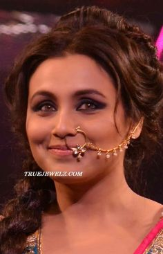 nose hoop | Bollywood actress rani mukherjee in designer gold bridal nose ring ...