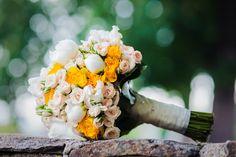 Gorgeous white + yellow wedding bouquet.