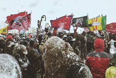 3,000 vets reported at the bridge in blizzard conditions today standing in solidarity and prayer. And protection to water protectors. Real deal heros.