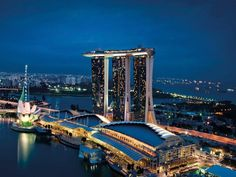Stop at Marina Bay Sands to discover the wonders of Singapore. Offering a variety of facilities and services, the hotel provides all you need for a good night's sleep. Take advantage of the hotel's free Wi-Fi in all rooms, daily housekeeping, casino, Sands Singapore, Visit Singapore, Singapore Malaysia, Singapore Travel, Malaysia Tour, Singapore Photos, Marina Bay Sands, Singapore Tour Package, Singapore