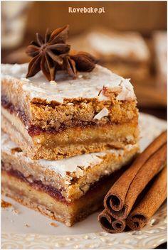 Krajanka piernikowa z marcepanem i powidłami - I Love Bake Sweet Recipes, Cake Recipes, Easter Dishes, Unique Desserts, Polish Recipes, Eat Dessert First, Food Cakes, Christmas Baking, Cake Cookies