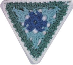 Crochet Triangles for Shawls or Ponchos   Baby Bundles International Totally using this for an afghan