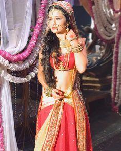 Dance India Dance, Show Dance, Teen Actresses, Indian Actresses, Actress Navel, India Beauty, Hottest Photos, Indian Wear, Beautiful Actresses