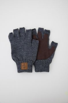OBEY Clothing Explorer Gloves made of 100% cotton