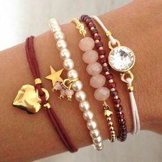 Pour les petites breloques du bracelet de perles. Boho Jewelry, Jewelry Crafts, Cute Jewelry, Jewelry Box, Jewelry Design, Jewelery, Beaded Jewelry, Pandora Jewelry, Bracelets Diy