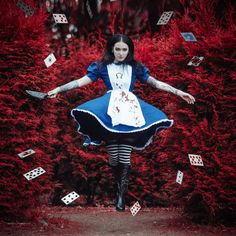Alice Madness Returns / American McGee's Alice cosplay My instagram: www.instagram.com/mariannainso…