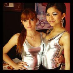 and on the set of Shake It Up Japan. Caroline Sunshine, Shake It Up, Bella Thorne And Zendaya, Zendaya Maree Stoermer Coleman, Dress Bra, Dont Forget To Smile, Disney Stars, Sexy Teens, American Actress