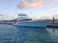 Jarrett Bay Builder's Choice in Turks & Caicos - Yatch Fotos Offshore Boats, Sport Fishing Boats, Shrimp Boat, Deck Boat, Below Deck, Charter Boat, Boat Stuff, Super Yachts, Open Water