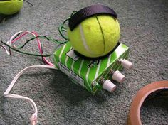 Portable Tennis Ball Speaker for / Ipod With Amp Tennis Ball Crafts, Green Living Tips, New Uses, Inventions, Ipod, Upcycle, Creative Products, Creative Ideas, Creations