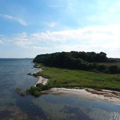 Skønne Helnæs #visitfyn #fyn  #naturelovers #nofilter #natur #denmark #danmark #visitdenmark #landscape #nofilter #sky #assens #mitassens #vildmedfyn #fynerfin #vielskernaturen #sea #visitassens #instapic #picoftheday #drone #autumn