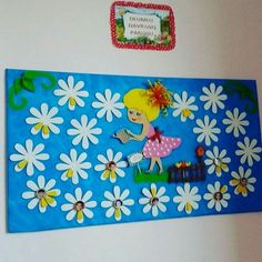 "Képtalálat a következőre: ""classroom flowers"" Kids Bulletin Boards, Classroom Board, Classroom Decor, Spring Crafts For Kids, Art For Kids, Birthday Charts, Diy And Crafts, Paper Crafts, Board Decoration"