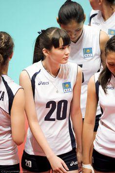 サビーナ・アルティンベコワ。「美人すぎるバレーボール選手」が世界で人気(画像集)