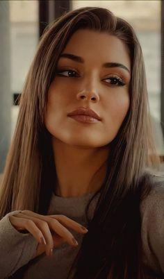 Turkish Women Beautiful, Most Beautiful Faces, Turkish Beauty, Cute Beauty, Beauty Full Girl, Murat And Hayat Pics, Cute Love Couple, Love Is In The Air, Hande Ercel