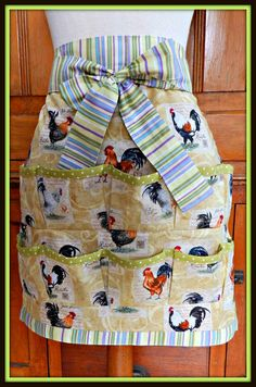 Women's Egg Gathering Apron Chickens Eggs by OliveElizabethsApron