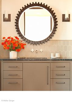 Poppies add a #PopOfColor to this monochromatic bathroom featuring our 6th Avenue, Cocoon Mosaic in Flax Matte Finish. http://bit.ly/1bDyems