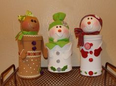 Dulceros Navideños (6) Indoor Christmas Decorations, Christmas Crafts For Gifts, Christmas Projects, Christmas Ornaments, Holiday Decor, Cute Crafts, Crafts For Kids, Diy Crafts, Toilet Paper Roll Crafts