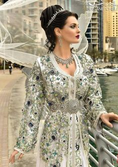Caftan Kaftan, Caftan Dress, Moroccan Bride, Moroccan Caftan, Fairy Clothes, Medieval Dress, Oriental Fashion, Costume Dress, Traditional Outfits