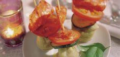 Een hapje dat artisjokharten combineert met de smaak van de typisch Spaanse worst Chorizo. Ingrediënten: 8 artisjokharten (uit blik) 8...