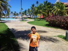 Adri y Phineas, veraneando.  Hotel Princess - Punta Cana