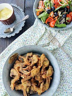 Cocinando con Neus: Costillas de conejo con pan rallado de maíz y all i oli de manzana