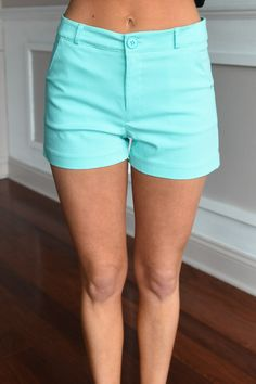 Must Have Mint Shorts – The Pulse Boutique