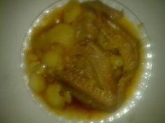 Патешки крилца с картофи в гювеч