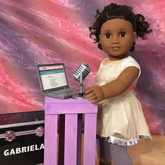 Now that dance is over, it's poetry time!  #americangirlbrand #americangirldolls #agig #joy2everygirl