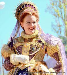 NCRF Queen Show - Deirdre Sargent as Queen Elizabeth - NorCalRenFaire