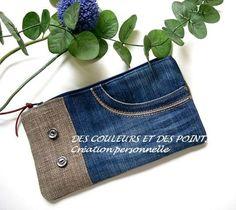 Ne jetez plus vos jean& recyclez en créant vos propres accessoires. Denim Handbags, Denim Tote Bags, Denim Purse, Jean Crafts, Denim Crafts, Recycled Fashion, Recycled Denim, Jean Diy, Couture Sewing