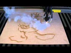 GRAVAçãO E CORTE EM MDF NA LASER CREATIVA 1390 - VEA MAS VIDEOS DE DHARMA | DHARMA | TVPlayVideos - Reproduce videos restringidos de YouTube