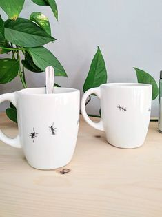 Ants on my coffee mug 🐜 My Coffee, Coffee Mugs, Contemporary Ceramics, Artist At Work, Ants, Jewelry Collection, Greece, Porcelain, Clay
